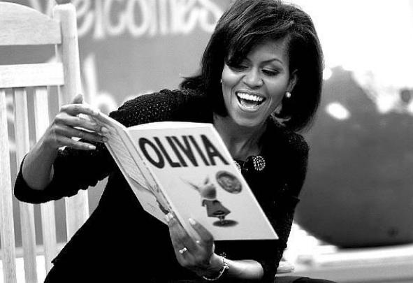 Michelle Obama: ex-primeira dama lê livros para crianças em lives durante quarentena